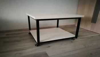 metaliniai staliukai